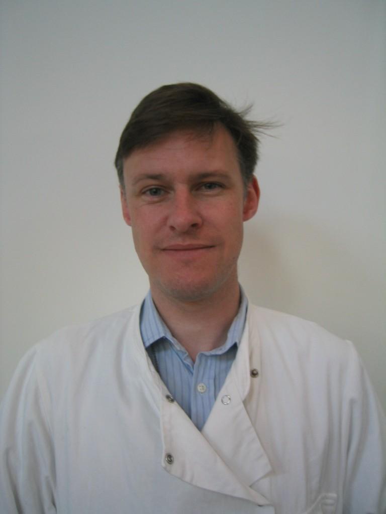 Photo of David Wareham, Consultant Microbiologist